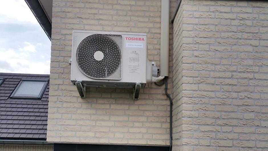 Project woonhuis Herten Toshiba buitenunit door Airco4U