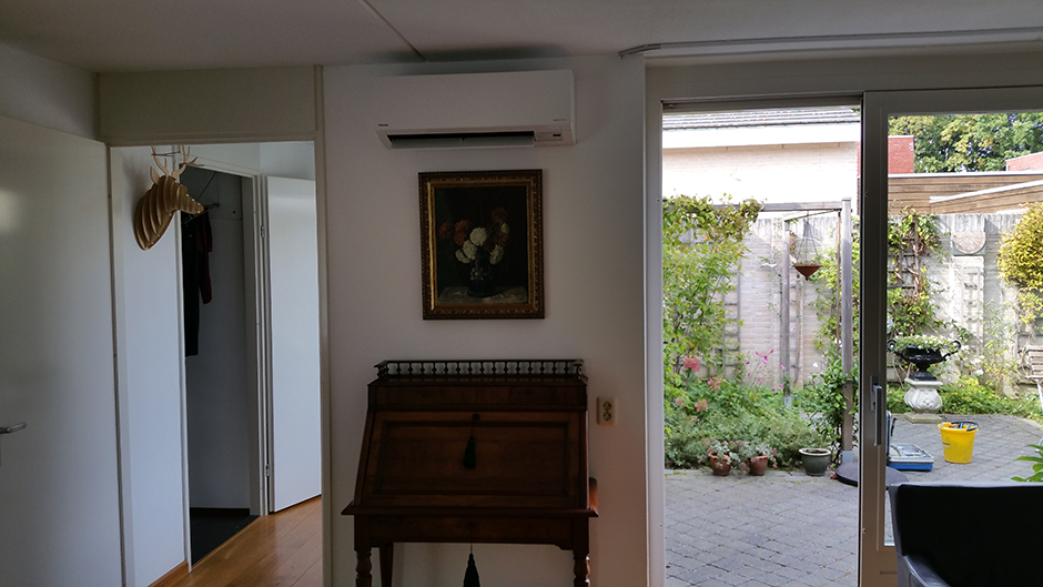 Project woonhuis Roermond wandunit woonkamer door Airco4U
